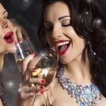できる女のコミュニケーション!職場が楽しくなる3つの方法