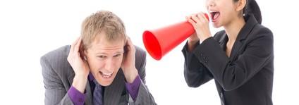 ヒステリックに怒鳴って職場崩壊!?