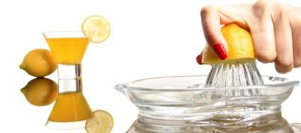 毎日1個のレモンで便秘解消!驚くべきレモンのデトックス効果