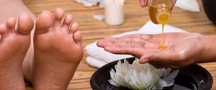 これは使える!1日履いた靴の匂い(ニオイ)を取り除く方法
