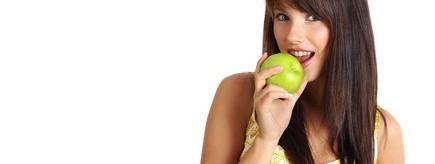 朝りんごダイエットでお腹痩せに成功した私が実感した美容効果