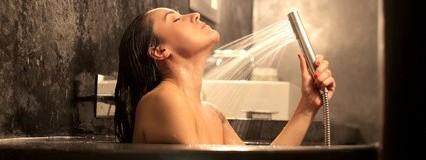 お風呂でリラックス中にできるスキンケア!乾燥肌に効く入浴法