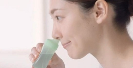 鼻うがいで花粉を排除
