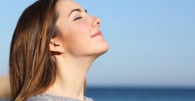 鼻づまりを和らげる呼吸法