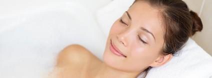 年齢肌の隠れ炎症に効く!乾燥や赤みを改善する5つのスキンケア