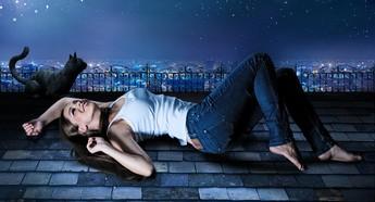 眠れない時は小説を読む