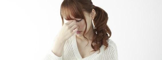 デスクワークのせい?肩こりや目の疲れ、イライラを解消する方法
