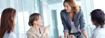 女性は職場の人間関係がうまくいかないことが、仕事の悩み