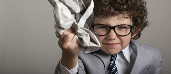 嫌な上司は褒めて伸ばすに限る!仕事の出来ない男の対処法5つ