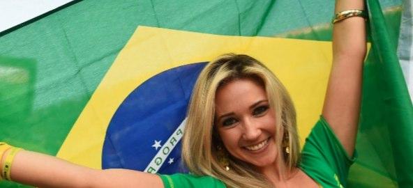 外せない!開催国ブラジル国旗でリオ気分