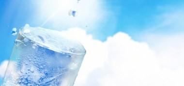 朝ごはんを抜いて水素水で過ごす