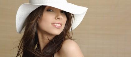美人だから得するはずなのに職場では残念認定される女の特徴5つ