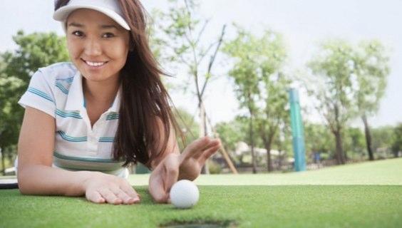 趣味のゴルフの練習はプレミアムフライデーを利用する