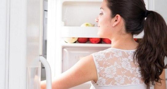 女性の一人暮らしでそろえておきたい冷蔵庫