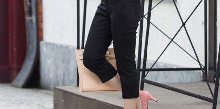 パンツは薄い色を、黒ならクロップド丈が◯