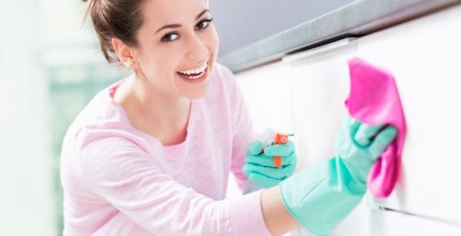 クエン酸水スプレーの作り方!掃除で使える場所と使えない場所