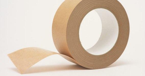 万能素材の段ボール&ガムテープ