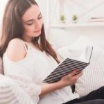 眠れない大人におすすめの絵本TOP5!意外な効果と読むべき理由