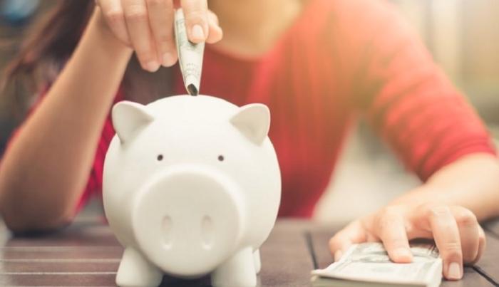 生活を豊かにする節約術!一人暮らし女性が無理なく貯金できる方法