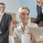 職場で使える褒め言葉!先輩や上司の気分を上げる褒め方 文例10選